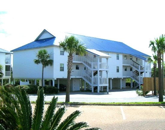 Palmettos Condominiums